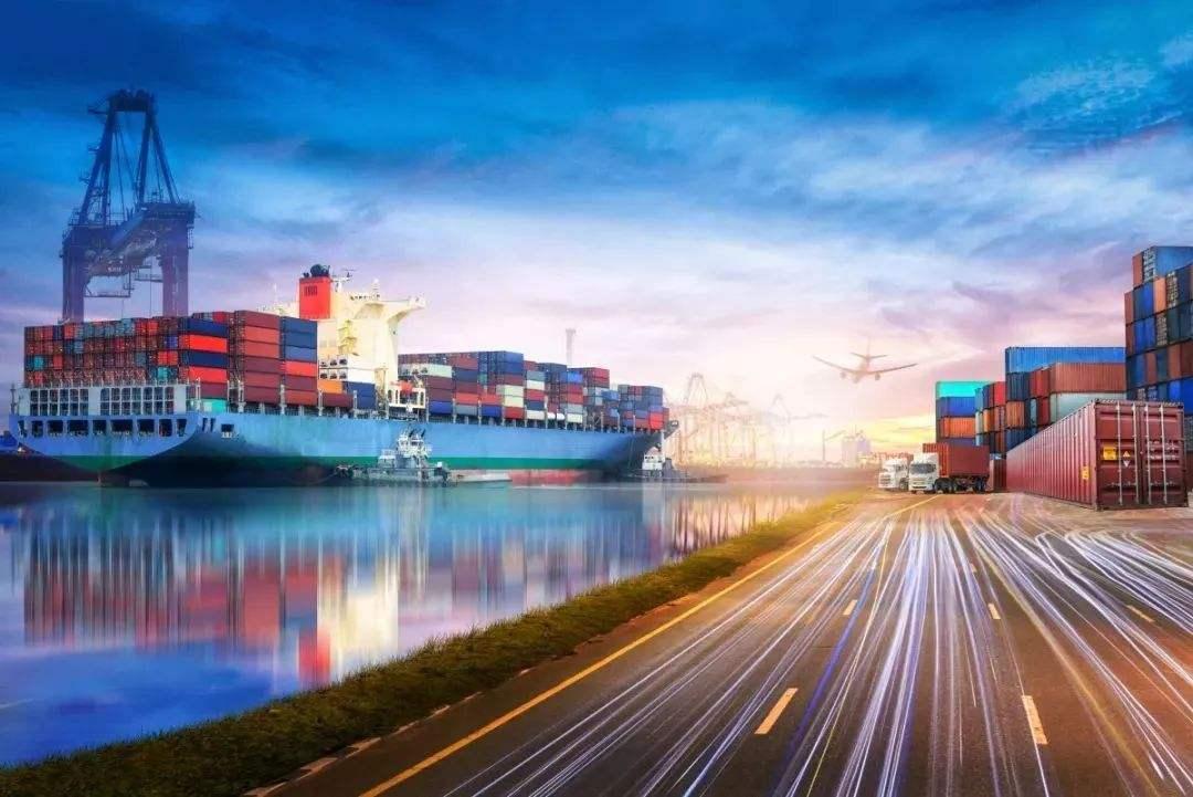 前9月货物贸易进出口总值 超23万亿 累计增速实现转正